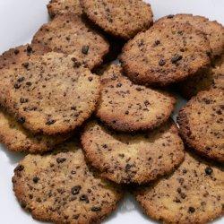 Bolachas paleo crocantes com amêndoa, coco e chocolate