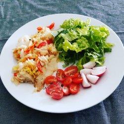 Bacalhau com alho francês e pimento