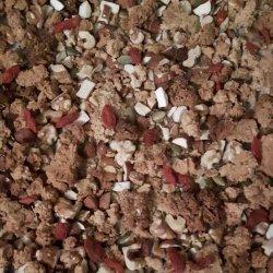 Granola paleo no tabuleiro