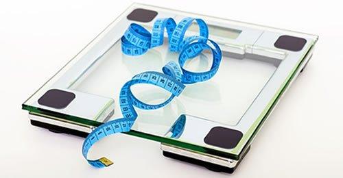 Cálculo do Índice de Massa Corporal (IMC) e Peso Ideal