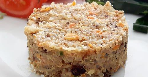 Hamburgers de quinoa e atum